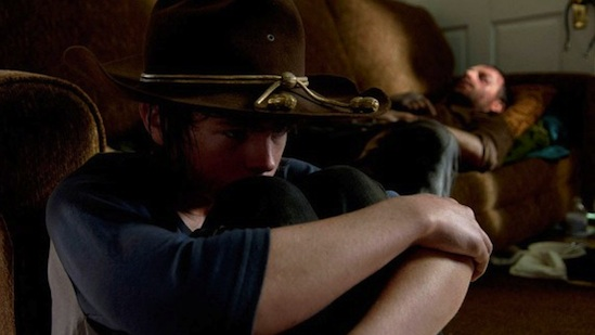 the-walking-dead-carl-rick-season-4b